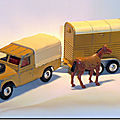 Corgi toys © land rover & pony trailer ...