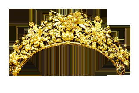 AN ANTIQUE GOLD PARURE