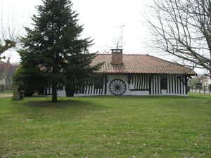 g) Belhade, maison landaise (40)
