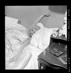 1952_marilyn_monroe_in_bed_013_010_by_bob_beerman_1