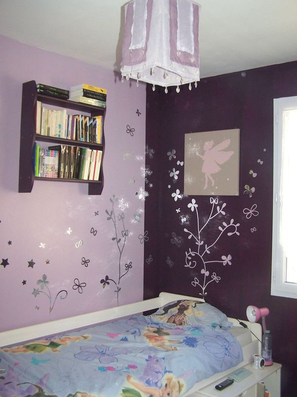 une chambre de jeune fille emois et moi. Black Bedroom Furniture Sets. Home Design Ideas