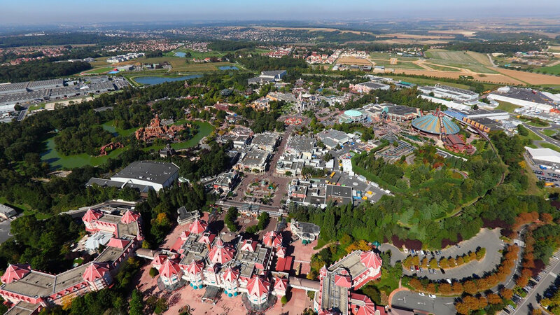 photo métropolisation tourisme Disneyland Paris