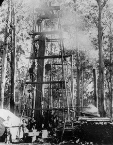 Drilling_for_coal_with_a_large_steampowered_drill_Coalville_1890