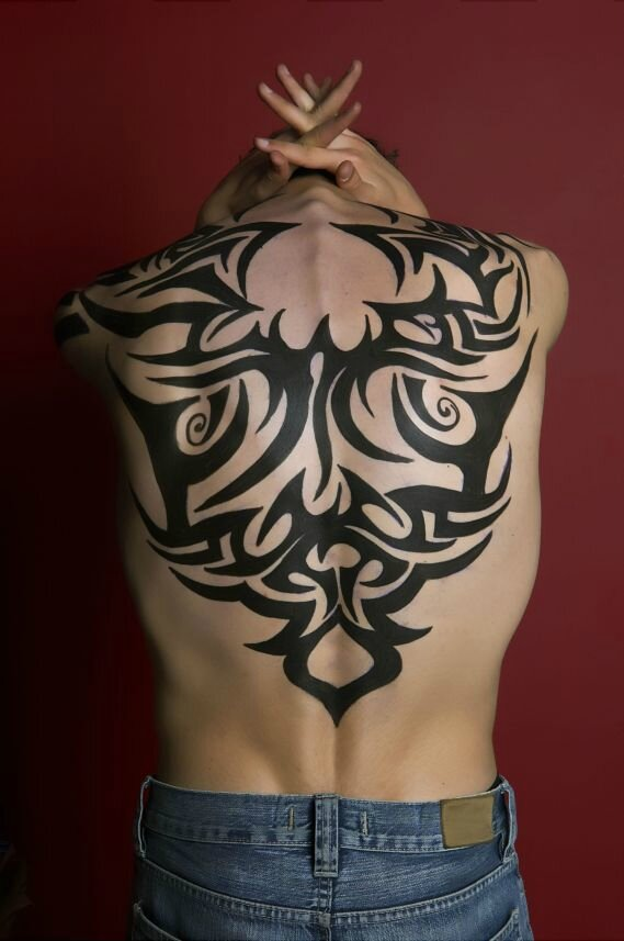 02-tatouage-tribal