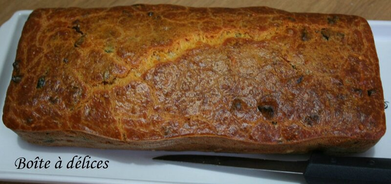 Cake-olive-chorizo1