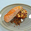 Pavé de saumon, flan de courgettes et céréales croustillantes