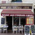 Aux fondues coeur tours restaurant devanture vitrine photo humour