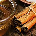 Rituel de magie blanche avec du miel pour attirer l'amour