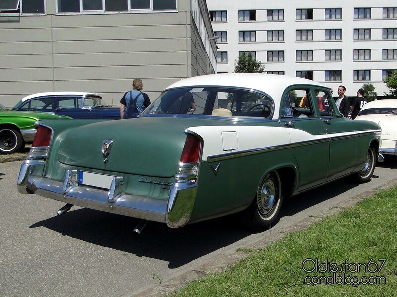 chrysler-windsor-sedan-1956-2