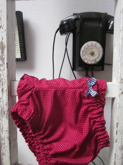 Culotte en coton rouge framboise à pois blanc et noeud vichy marine et blanc (3)