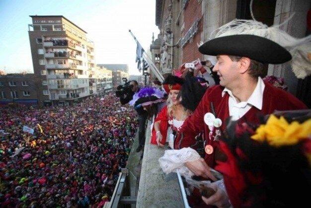 Carnaval-Dunkerque-2015-mairie-e1424426972353