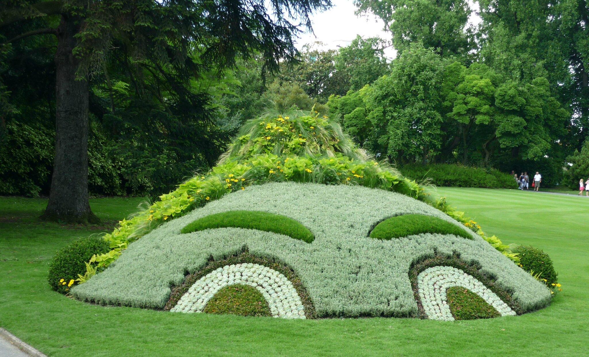 VAN 2013 - Claude Ponti au jardin des plantes - Le journal de Miss ...