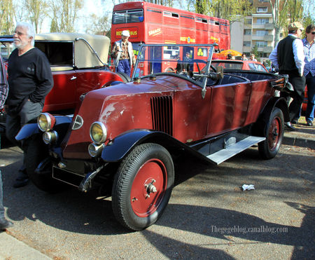 Renault_type_NN_torpedo_de_1924__Retrorencard_avril_2011__01