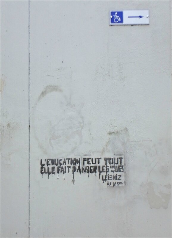 graff éducation ours panneau handicap 022017