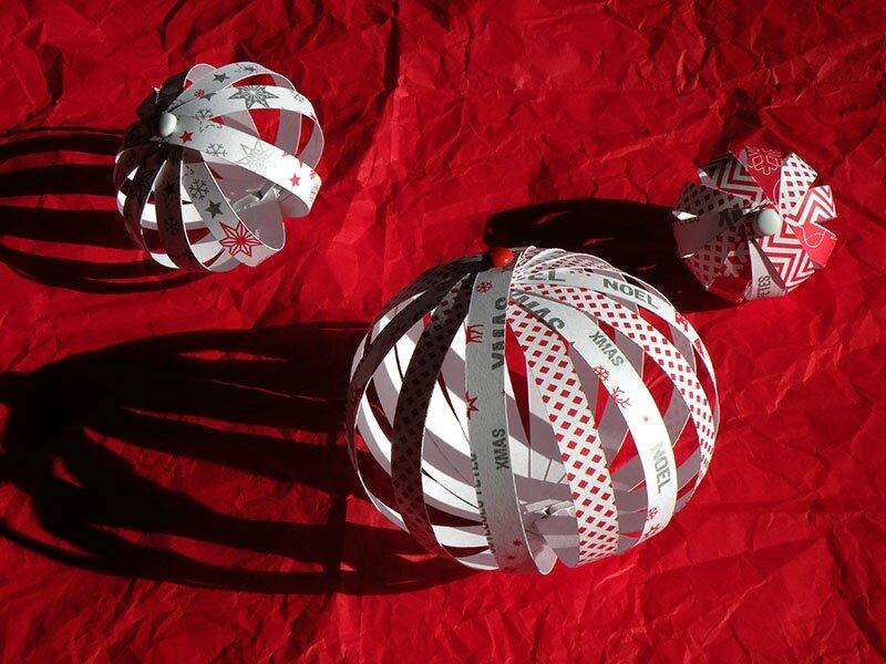 Boule de Noël /12/ cage   Je passerai samedi ou dimanche