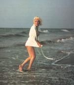 1962-07-13-santa_monica-swimsuit_bath_robe-by_barris-010-1