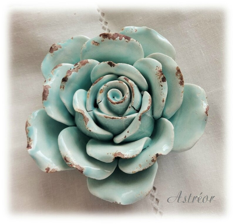 rose décorative turquoise
