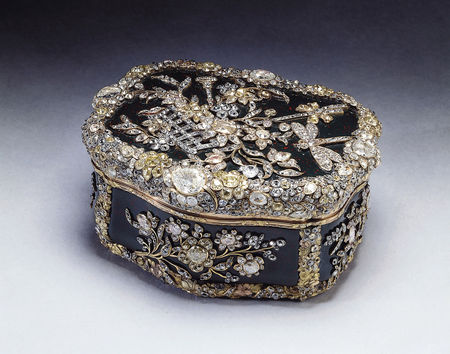 Snuff_box_made_for_King_Frederick_the_Great_of_Prussia_c