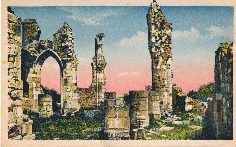 MONTFAUCON d'Agonne (55) les ruines de l'église