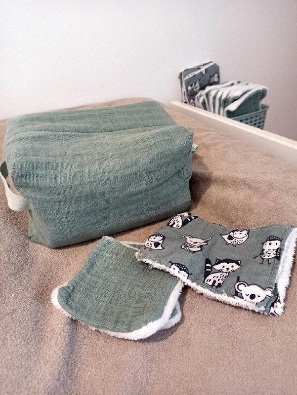 trousseau de toilette bébé cape de bain DIY couture mamanboucledor trousse de toilette