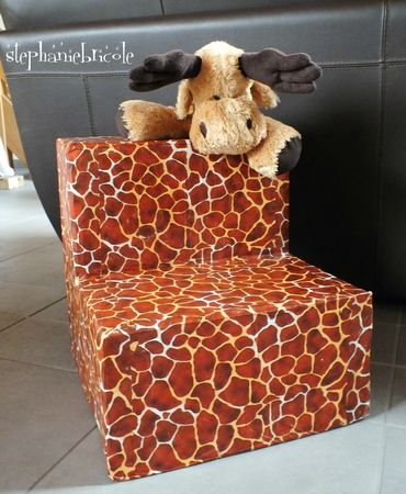 faire un fauteuil en carton facile, meuble en carton facile à faire
