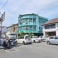 323e et 324e jour : arrivée à penang - malaisie - une nouvelle culture ! et un nouveau climat...