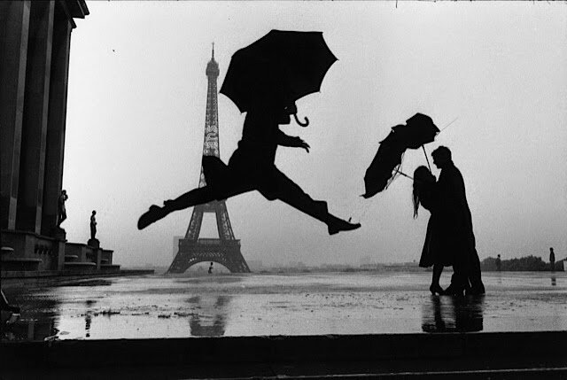 Elliott_Erwitt_France_Paris_1989_tour_eiffel_100th_anniversary_03