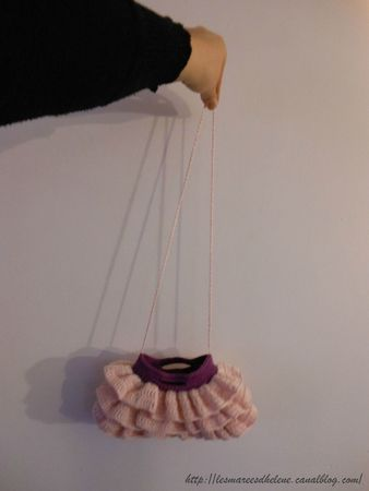 Mini Ruffled Bag crochet rose 00