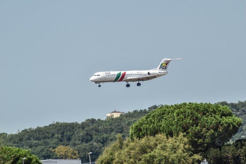 Fokker 100 de Portugalia Airlines
