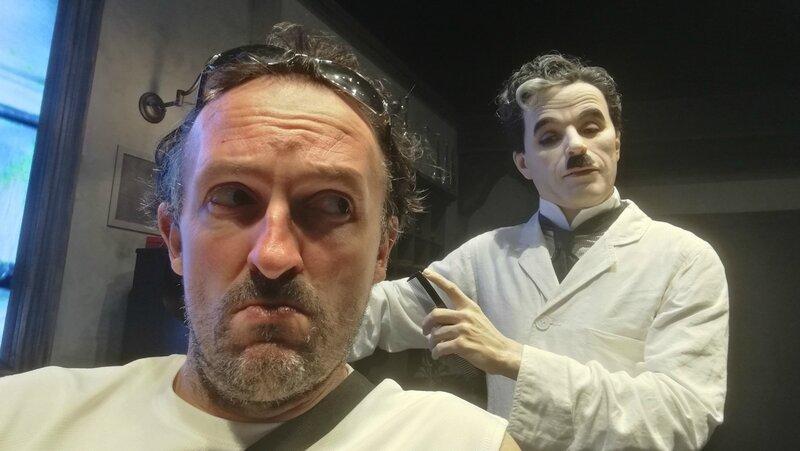 Jénorme à Chaplin's world, chez le barbier, Corsier-sur-Vevey (Suisse)