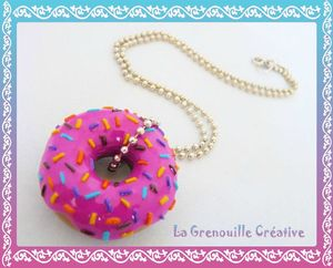 Collier donuts fraise (2)