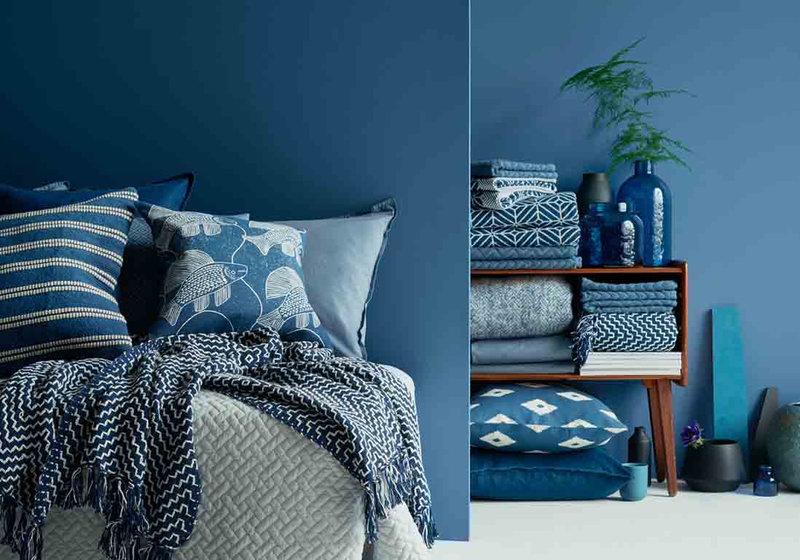Une-chambre-bleue-version-total-look