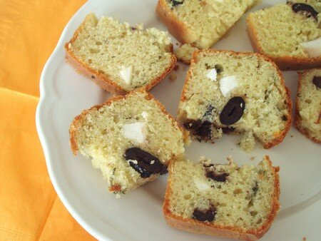 cake_olives_noires_ricotta_ferme