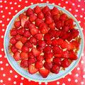 Tarte aux fraises et au rhubarbe-curd !