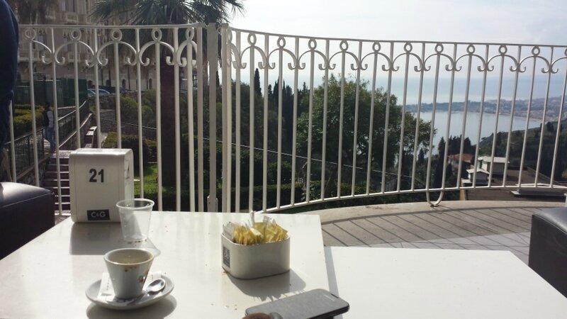 Petit_dejeuner_Taormina