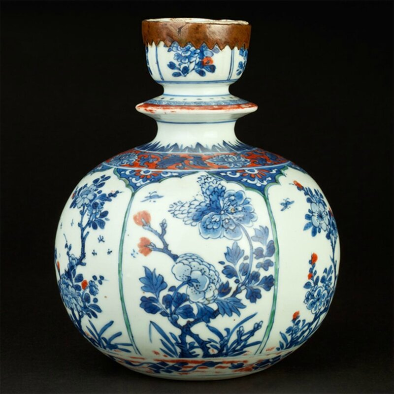 Chinese huqqa base made for the Islamic market, China, Kangxi period, 17th-18th century