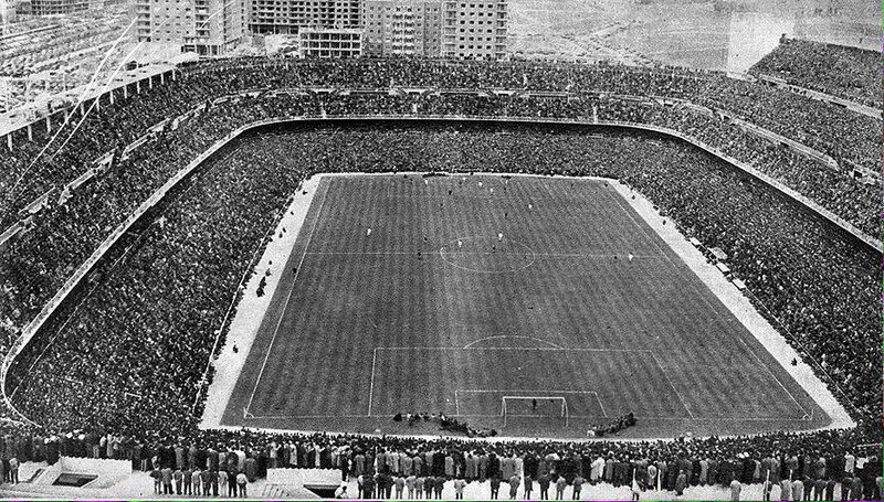 11 AVRIL 1957 DEMI-FINALE REAL MADRID-MANCHESTER UNITED