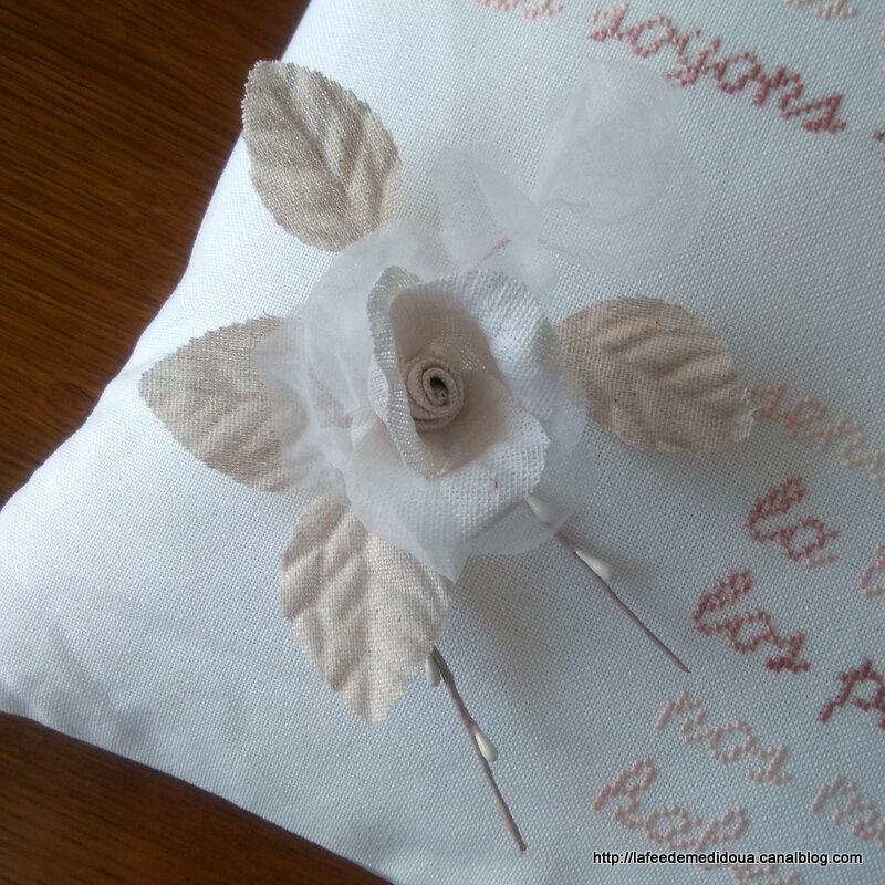 coussin-mariage-rose