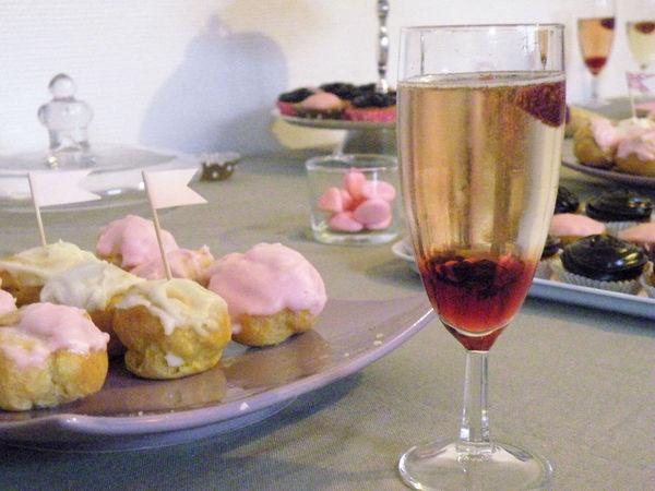 sweet_table_romantico_gourmande_boisson_framboise