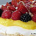 Pavlova au lemon curd et fruits rouges