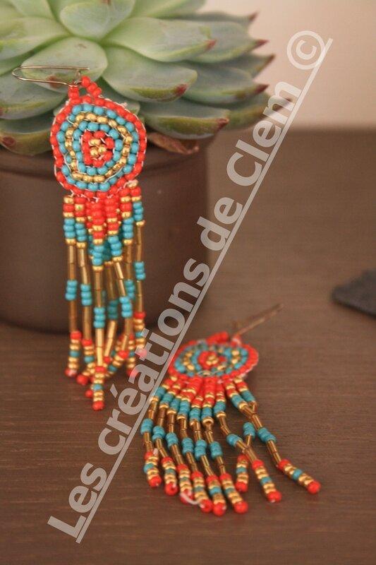 boucles d'oreilles perles de rocailles tissage + rond + motif indien + azteques +pampilles + tendance été