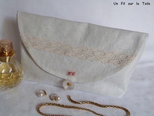 2013 10 Pochette à bijoux