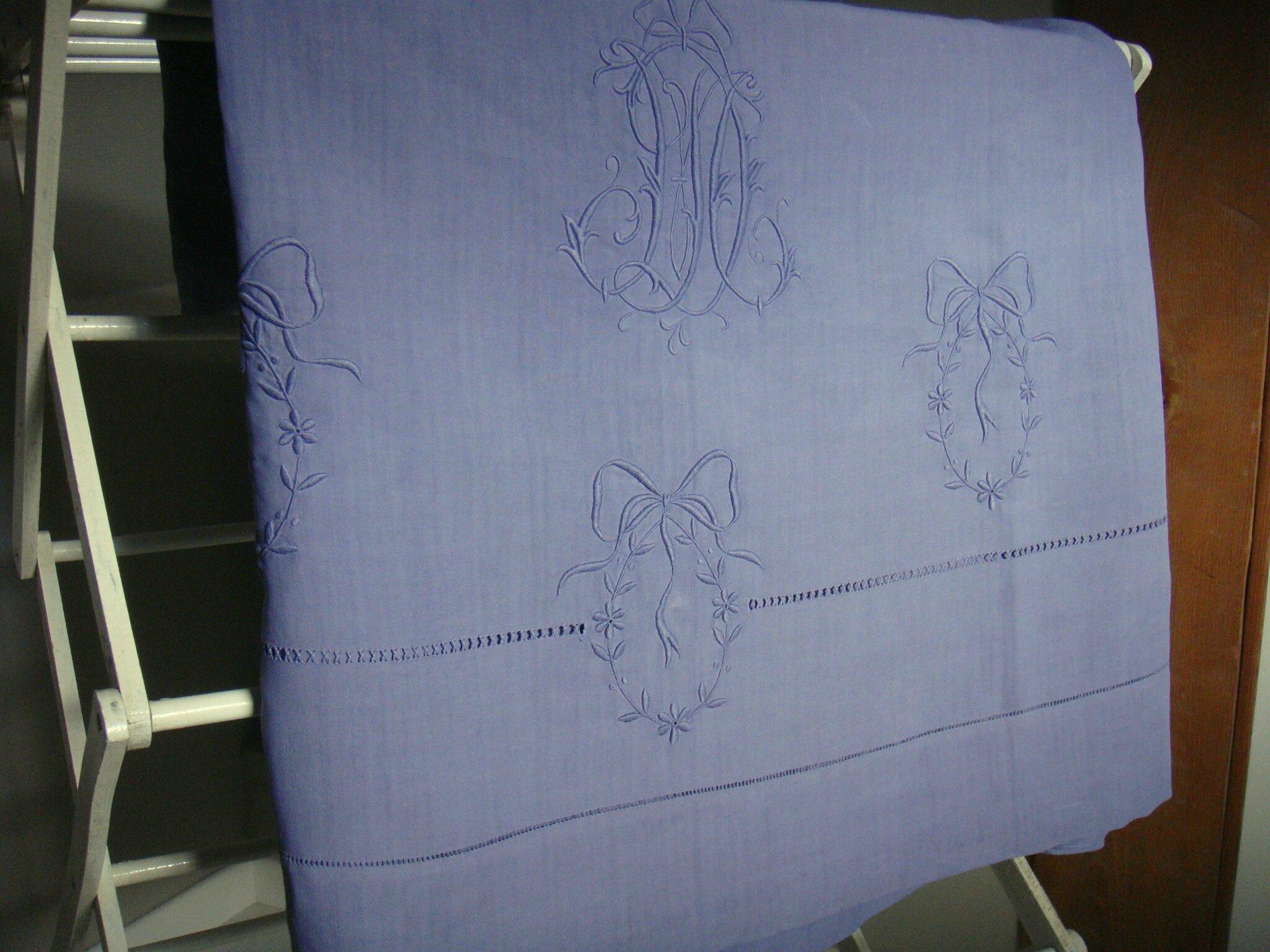 drap-medaillon-myrtille-a