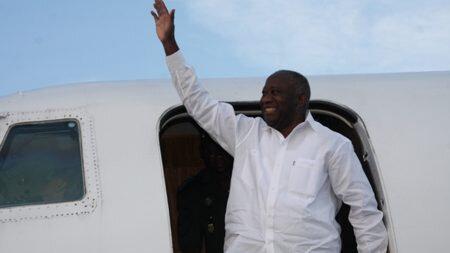 Gbagbo veut venir, ils sont en transes (...) je vous le dis il y'a personne ici qui peut arrêter Gbagbo en Côte-d'Ivoire.
