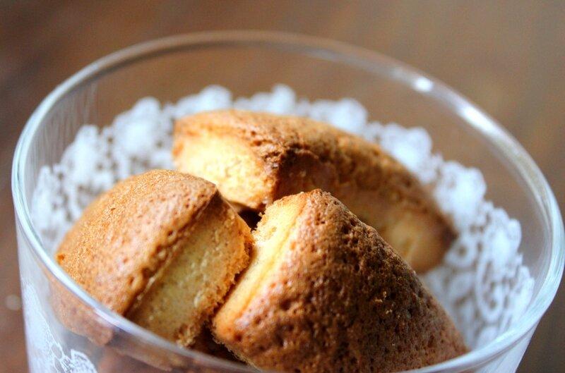 Petits biscuits génoise sans PLV (2)