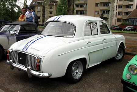 Renault_dauphine_gordini__Retrorencard_mai_2010__02