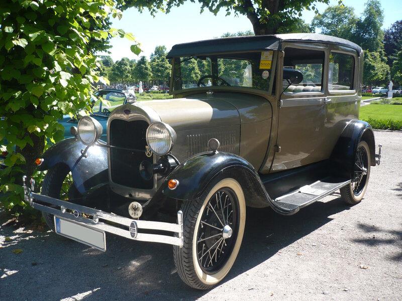 FORD Model A 2door Sedan 1928 Karlsruhe (1)