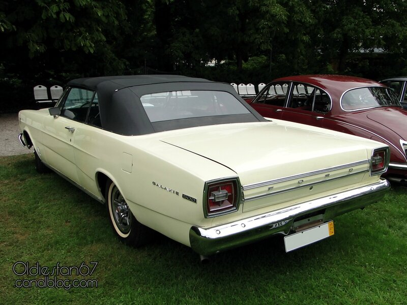 ford-galaxie-500-convertible-1966-02