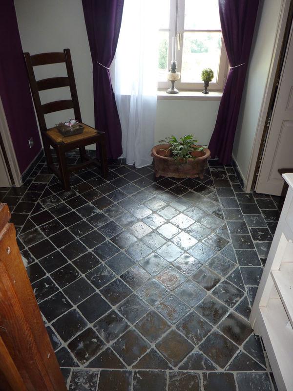 carreaux de sol en terre cuite la m di vale du luberon. Black Bedroom Furniture Sets. Home Design Ideas