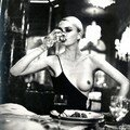 004_HelmutNewton_WORK
